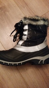 Snow Boots bought from Lidl a couple of winters ago and are perfect for dog walks in the cold and skiing :)